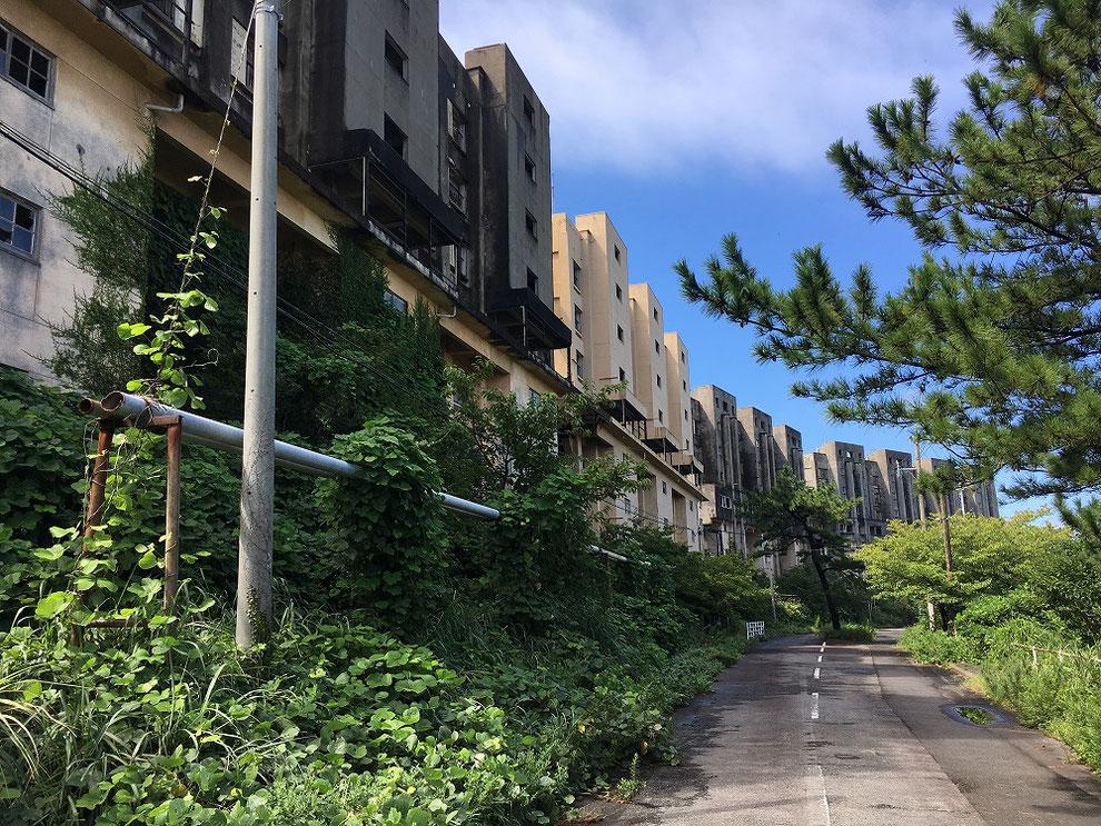 池島の八階建てアパート