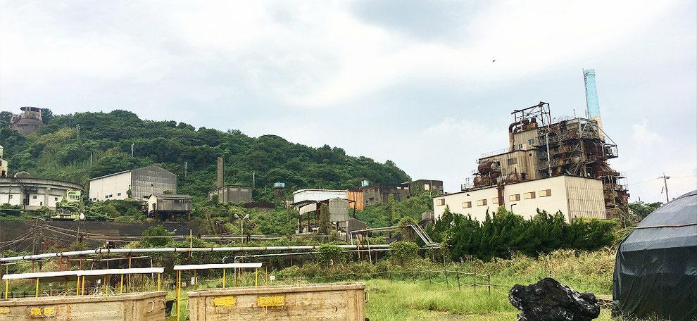 池島の火力発電所跡