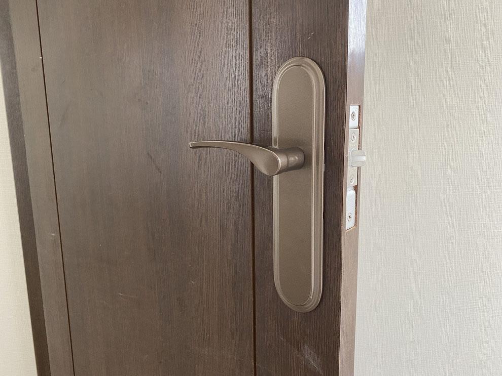 取替後の室内レバーハンドル錠(洋室)その2