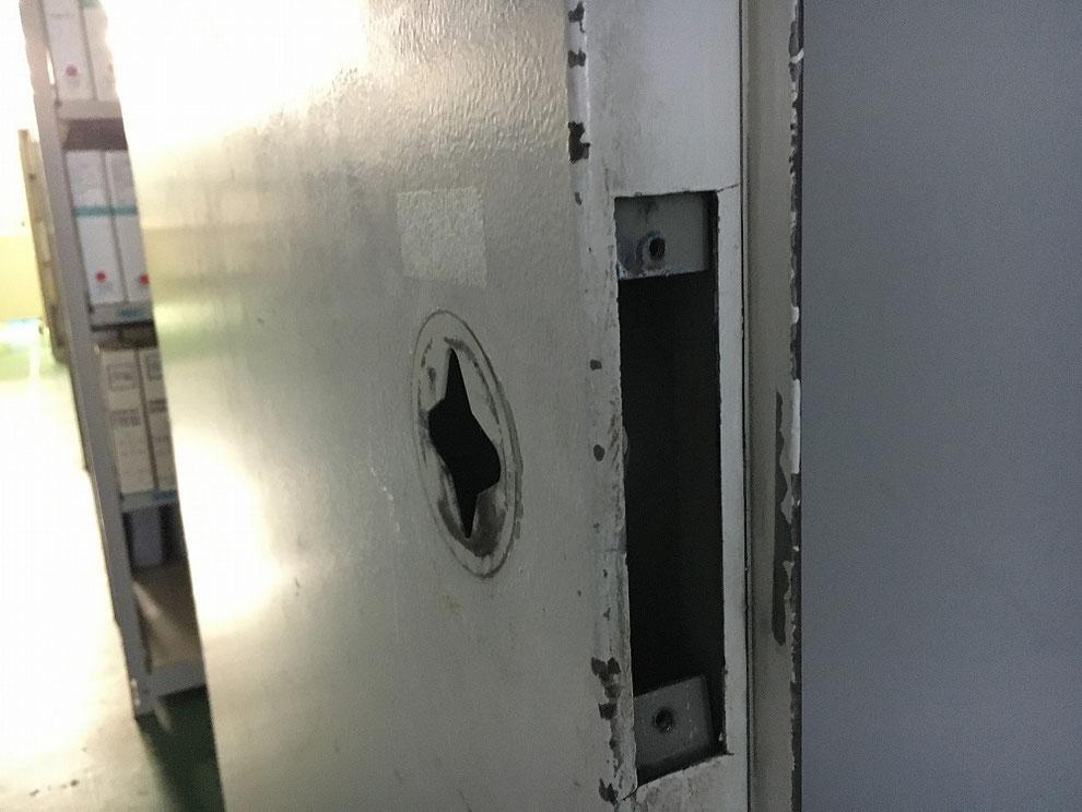 タップでM5用のネジ穴を作ったところ