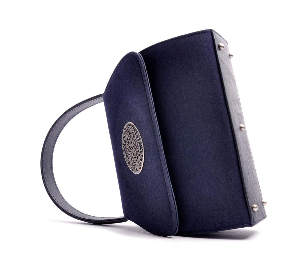 Trachtentasche EMMA blau OSTWALD Traditional Craft
