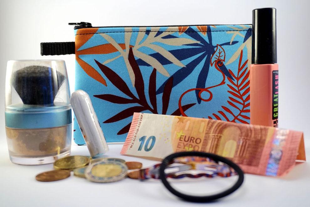 Täschchen/Tasche für Frauen - Utensielien Sammler für die Handtasche