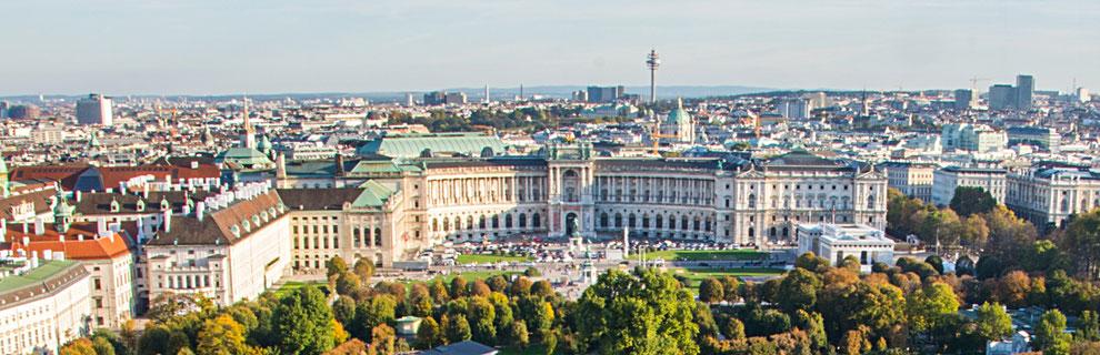 Blick auf den Haupteingang der Österreichischen Nationalbibliothek in der Wiener Hofburg. Foto: pixabay.com, creative commons 0
