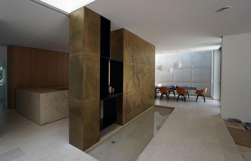 Wand mit Textilpolster, Raumteiler mit hochwertiger Schichtstoff-Oberfläche