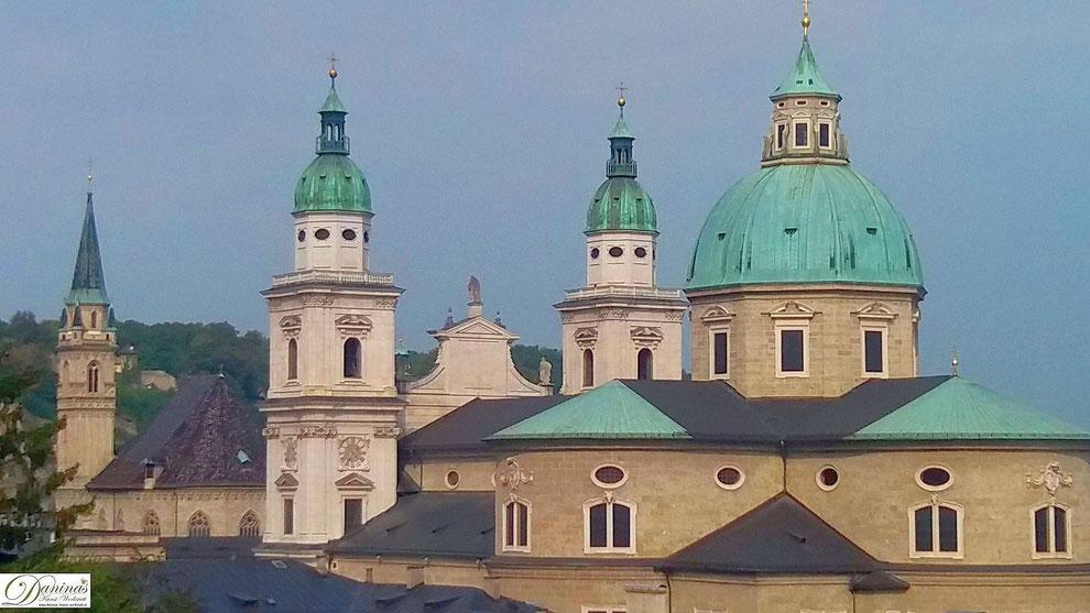 Der Salzburger Dom und Franziskanerkirche sind Zeugen der ab dem 8. Jhd.  aufblühenden Fürstenstadt.