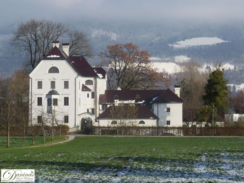 Im Wasserschloss Freisaal im Süden der Stadt Salzburg legten die Salzburger Erzbischöfe ihre Gelöbnisse ab.