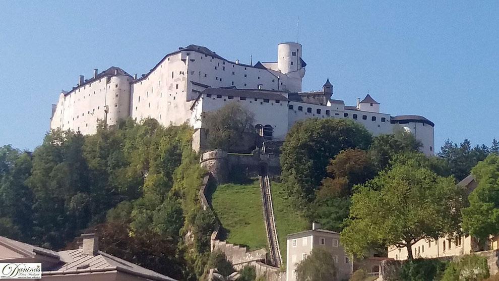 Salzburg Altstadt und Festung Hohensalzburg sind Zeugen der ab dem 8. Jhd.  aufblühenden Fürstenstadt.