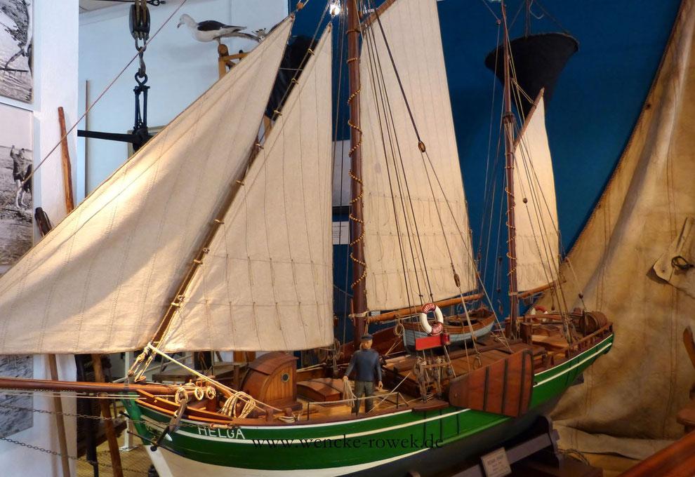 Modellchiff eines Besan Ewer im Schifffahrtsmuseum in Husum