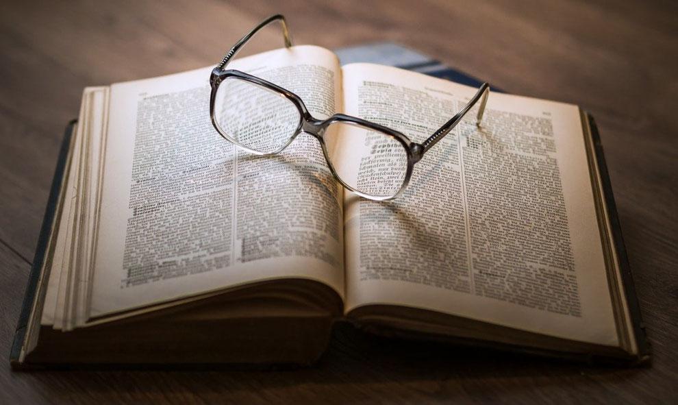 Bücher zu Vermögen_Reich werden_Glücklich werden