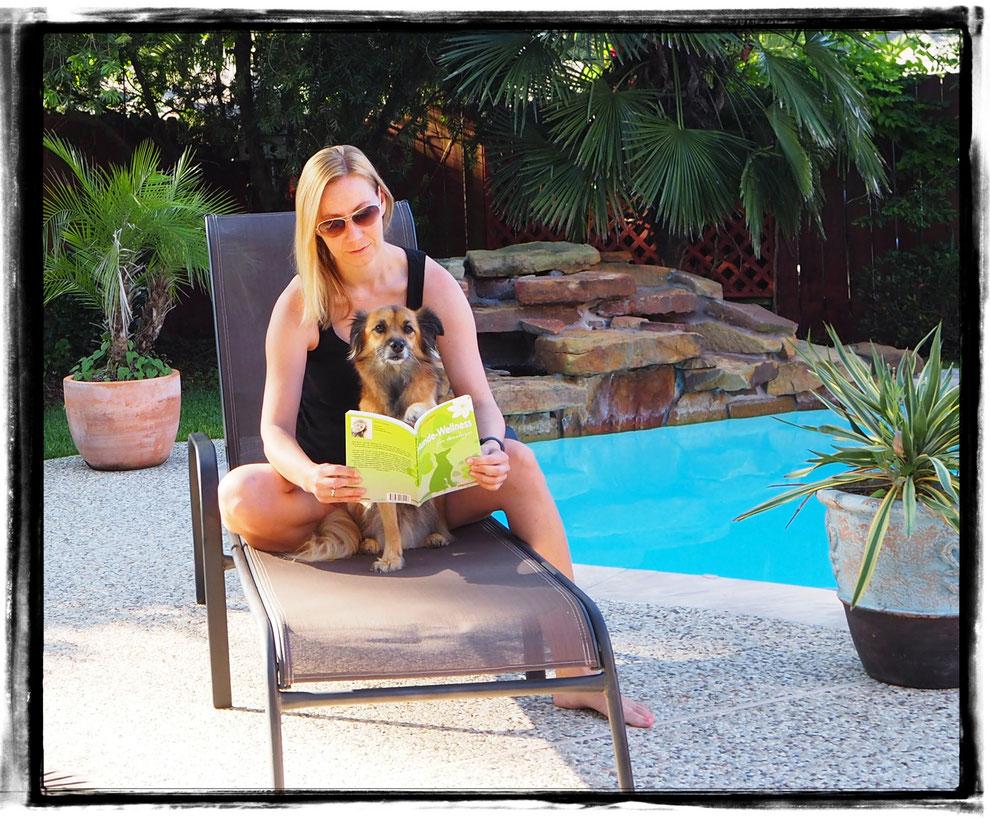 Carolin Caprano, Buch Hundewellness für Einsteiger