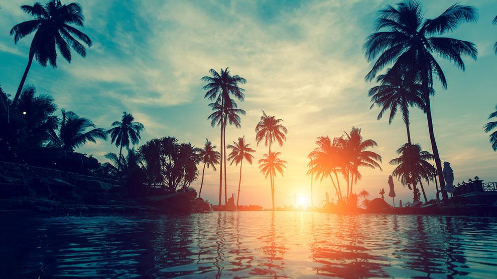 ダイヤモンドヘッドアカデミー ハワイの夕日の画像