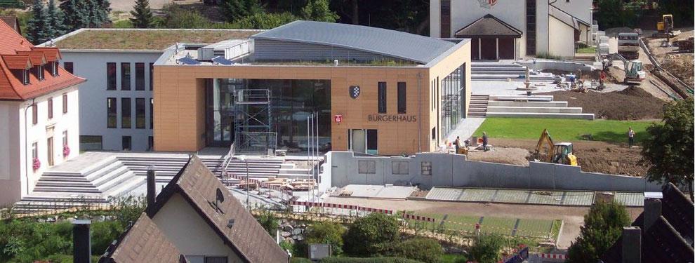 Gestaltung der Außenanlage des Bürgerhauses Au
