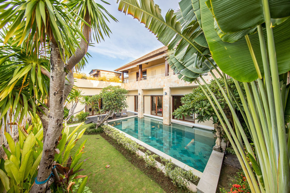 bali luxury villa builder