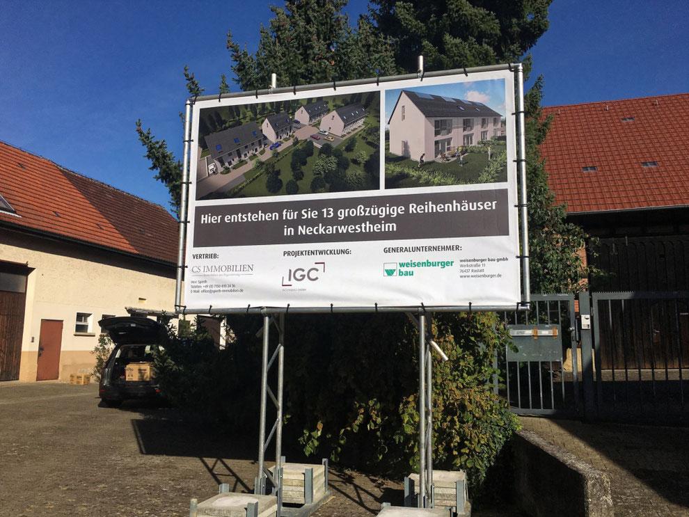 Aufstellung Bauschild Neckarwestheim - Mühlstrasse 14