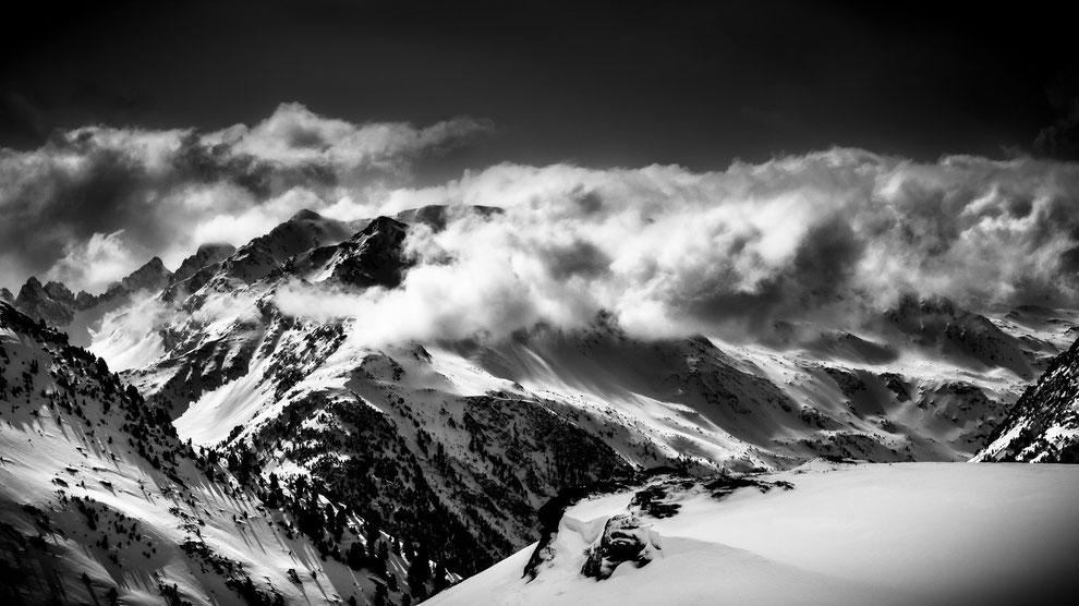 Montagne enneigées du haut de la cime CARON, Val Thorens