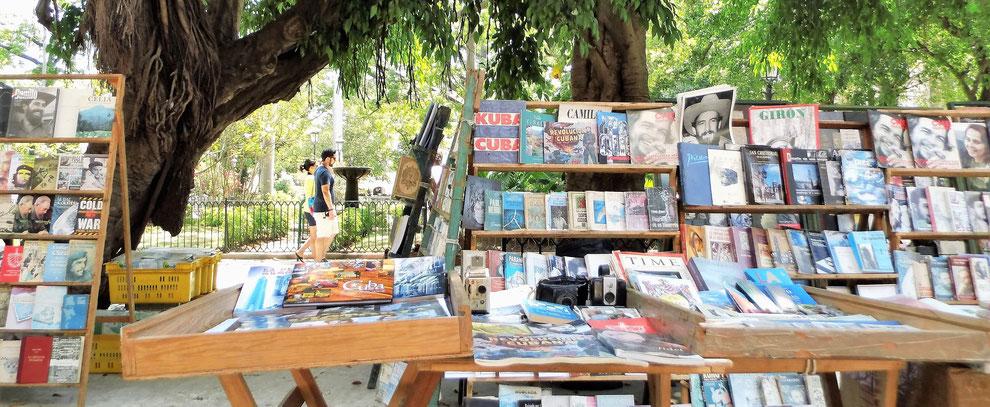 Viele Bücher von Che, keins von Reinhard Delau