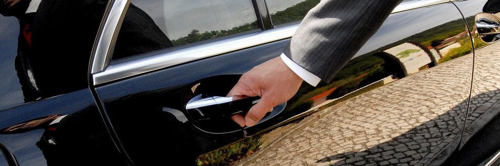Glattfelden Chauffeur, VIP Driver and Limousine Service – Airport Transfer and Airport Taxi Shuttle Service to Glattfelden or back