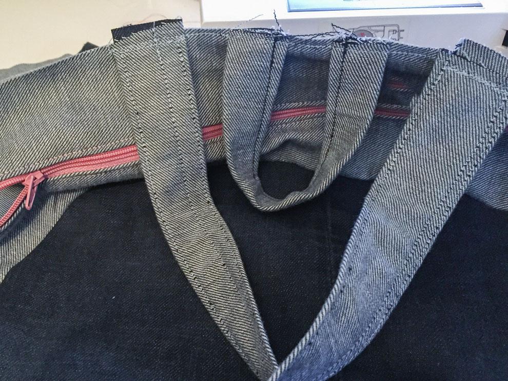 diy rucksack aus alten jeans felicity diy blog. Black Bedroom Furniture Sets. Home Design Ideas