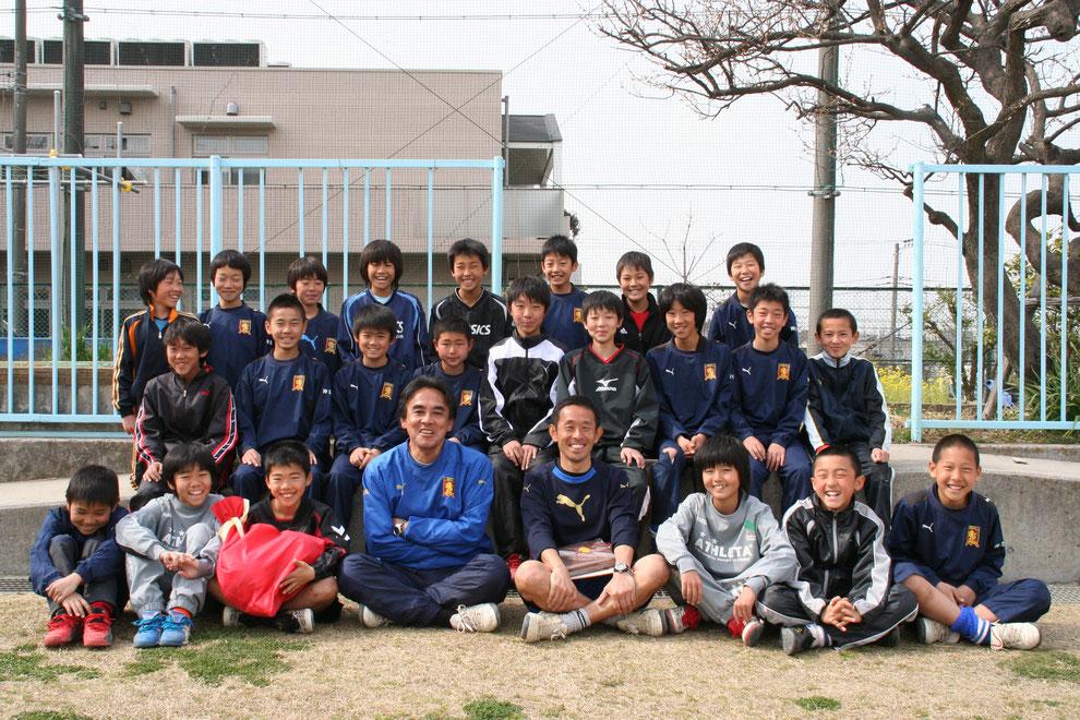 菅FC2010年度卒業生記念写真