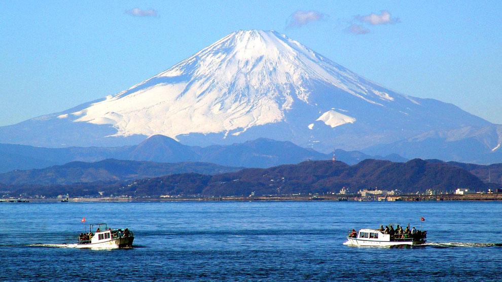 1  .  世界の自然遺産   日本  神奈川  三浦半島 鎌倉 江ノ島 富士山 冬の風景