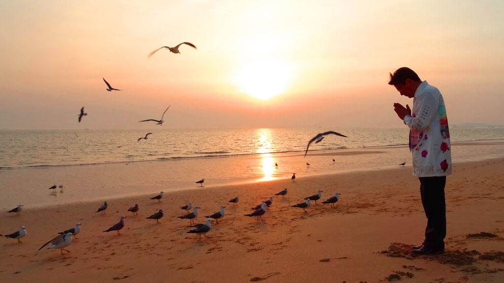 1  .   韓国の和合と真の平和統一を願っています  .   TRUST MUSEUM  참사랑 세계 평화통일 운동가   도천 김상기 선생