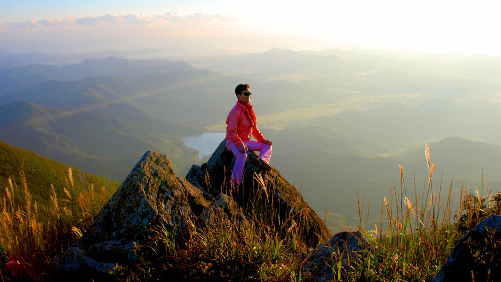 1   .   大川から、真の愛平和統一に行きます   오서산 정상에서 최철구 선생