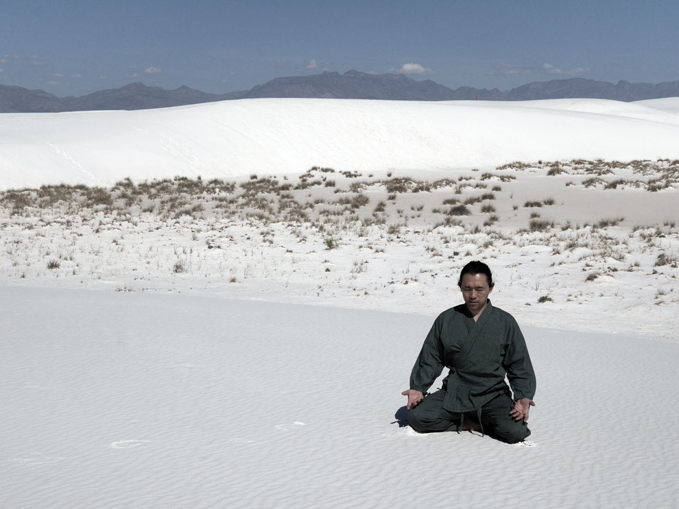 Meditation to immerse REIBU itself in nature  (White Sands National Monument / New Mexico, USA)