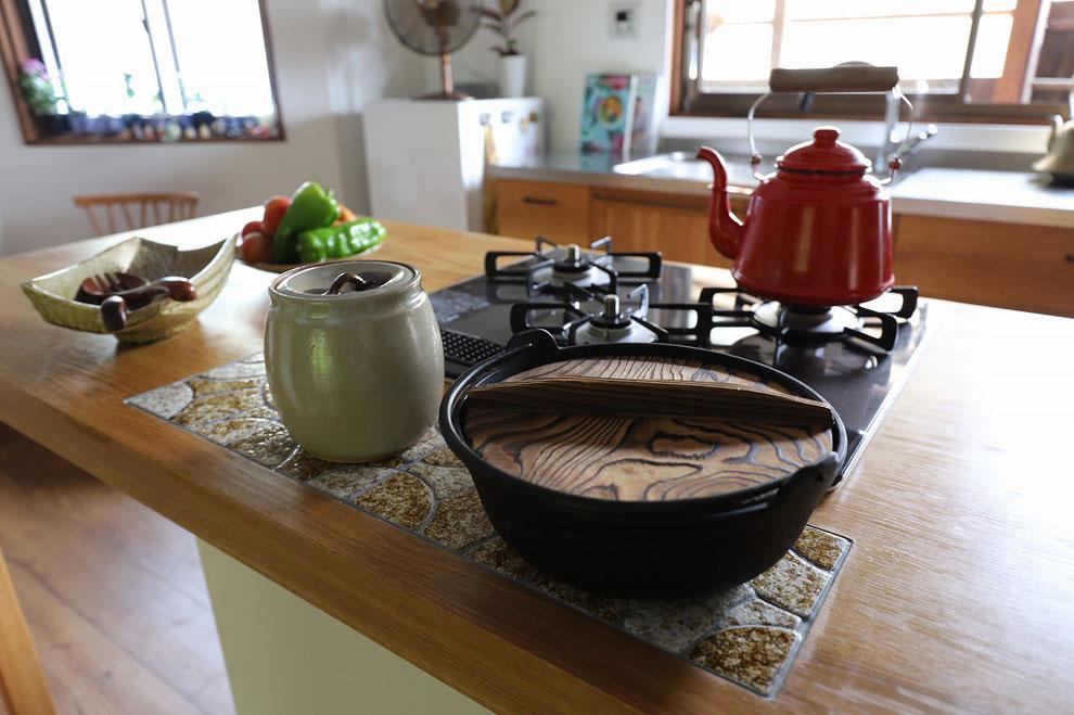 カウンターキッチン 無垢のキッチン 木のキッチン オーダーキチン