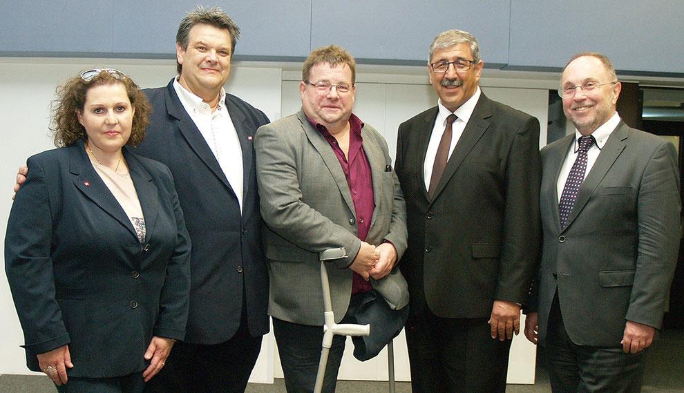 SWV-Präsident KR Karlkeinz Winkler (2.v.l.) mit seinen StellvertreterInnen Eugenie Domanyi, KR Günter Uhl, KR Fardin Tabrizi und KR Willibald Mautner