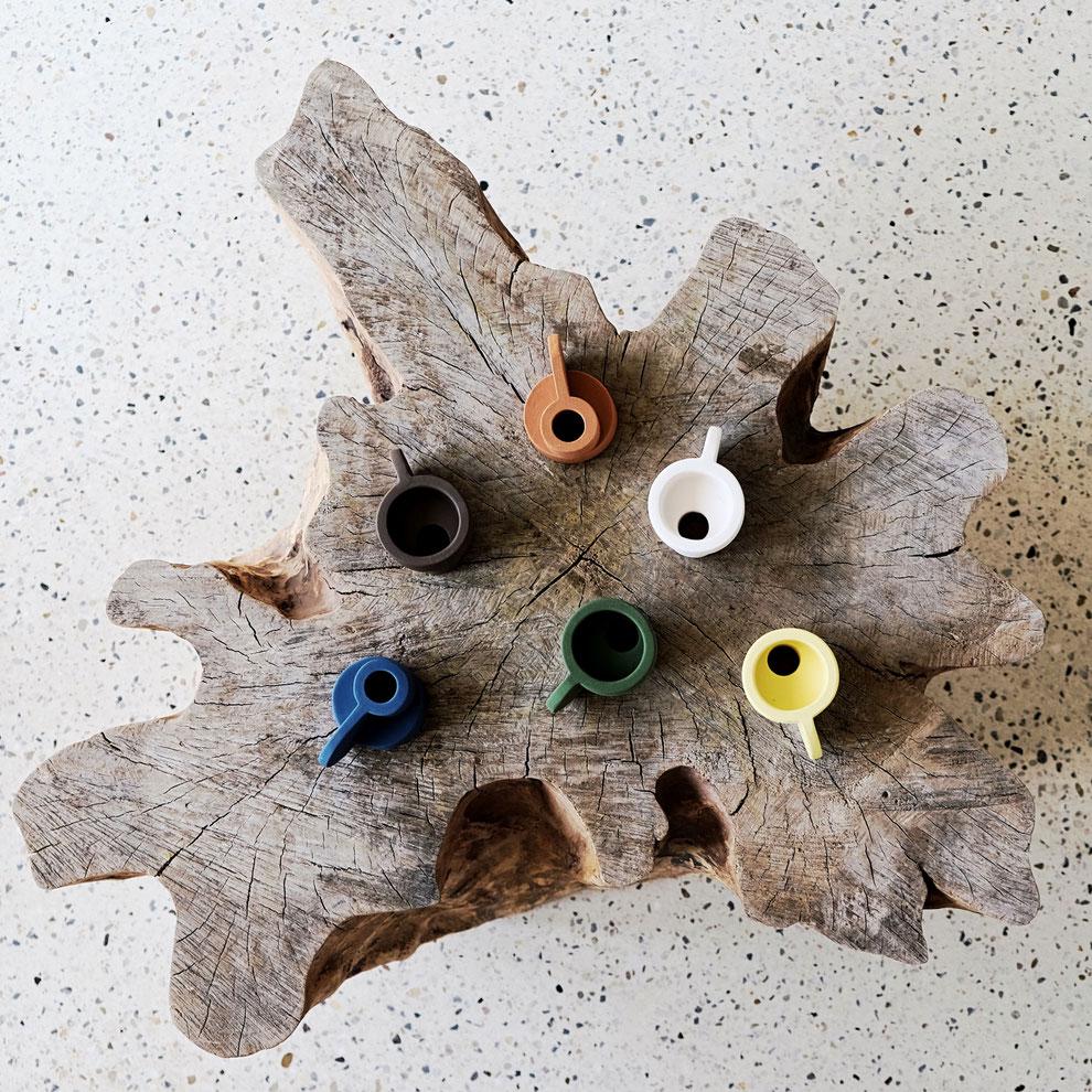 Candelas - Die Farben zusammen auf einem Tisch