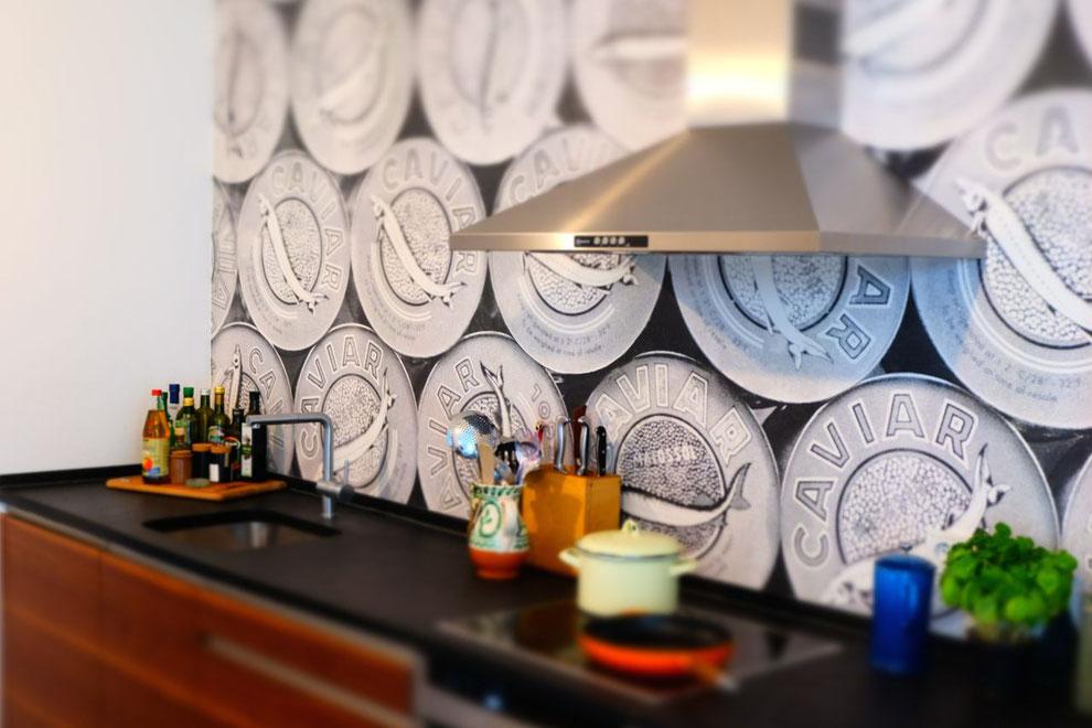 Tapete ist auch in der Küche möglich