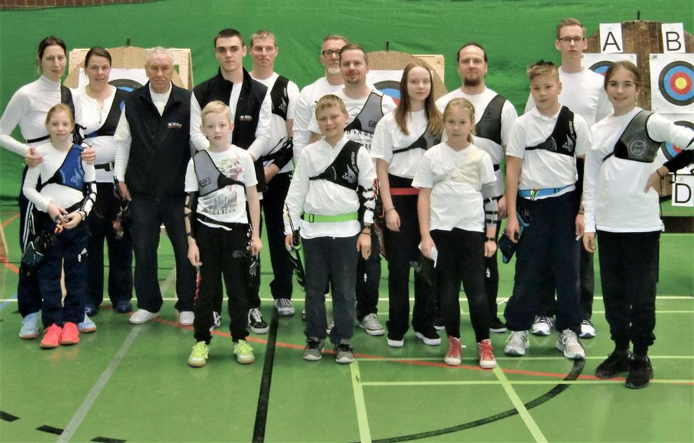 Mitglieder der Bogensportabteilung