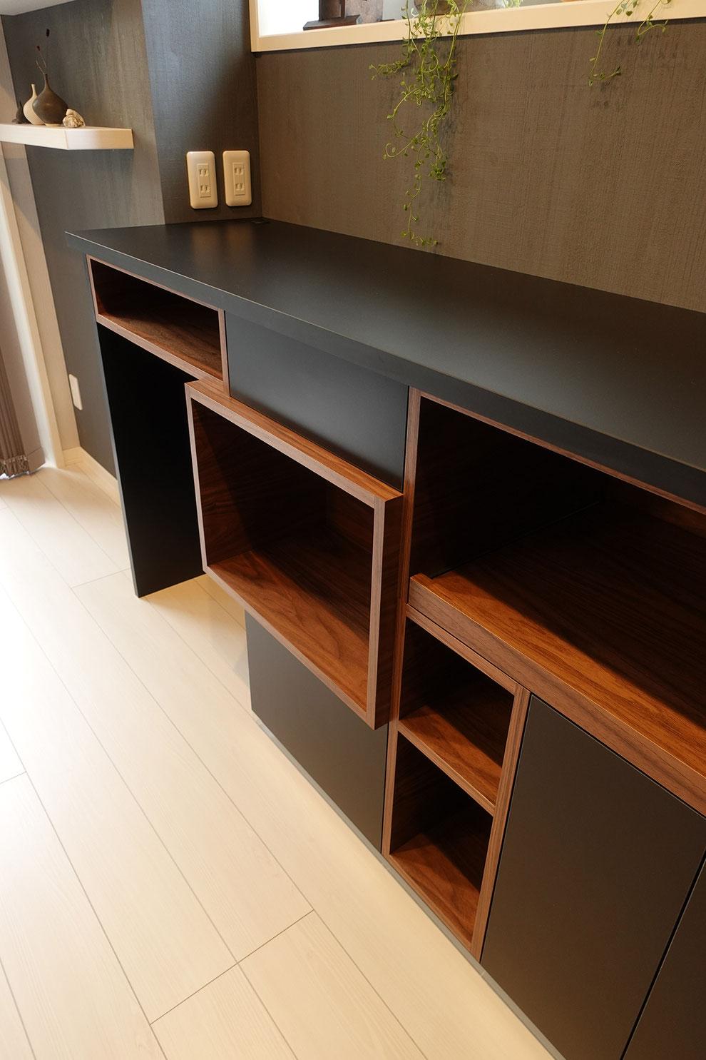 キッチンバックカウンター デザイン 造作家具