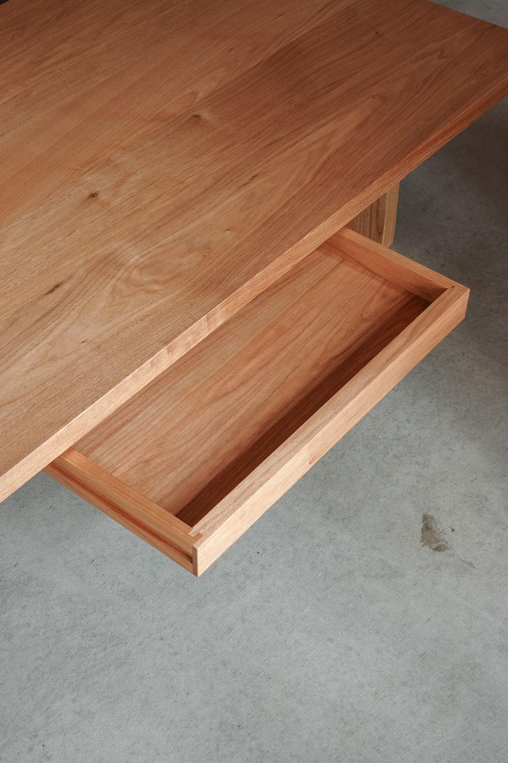 仙台 秋保 無垢材 オーダー家具 テーブル 引き出し クルミ 胡桃 手仕事 木組み