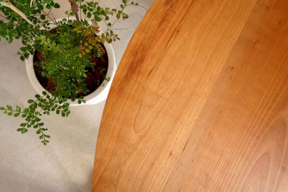 無垢材・サクラ・ダイニングテーブル・丸