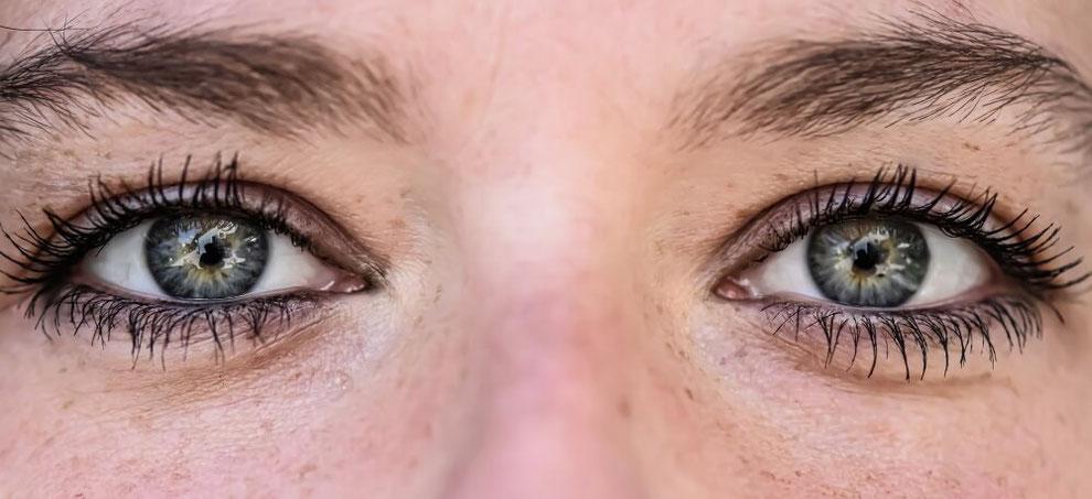 EMDR Verarbeitungsprozess durch Augenbewegung