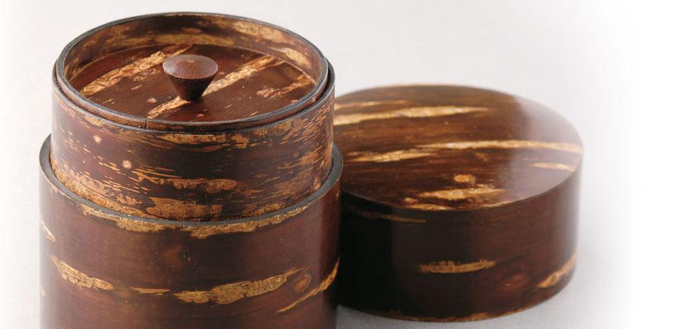 桜皮細工(樺細工)の茶筒の画像
