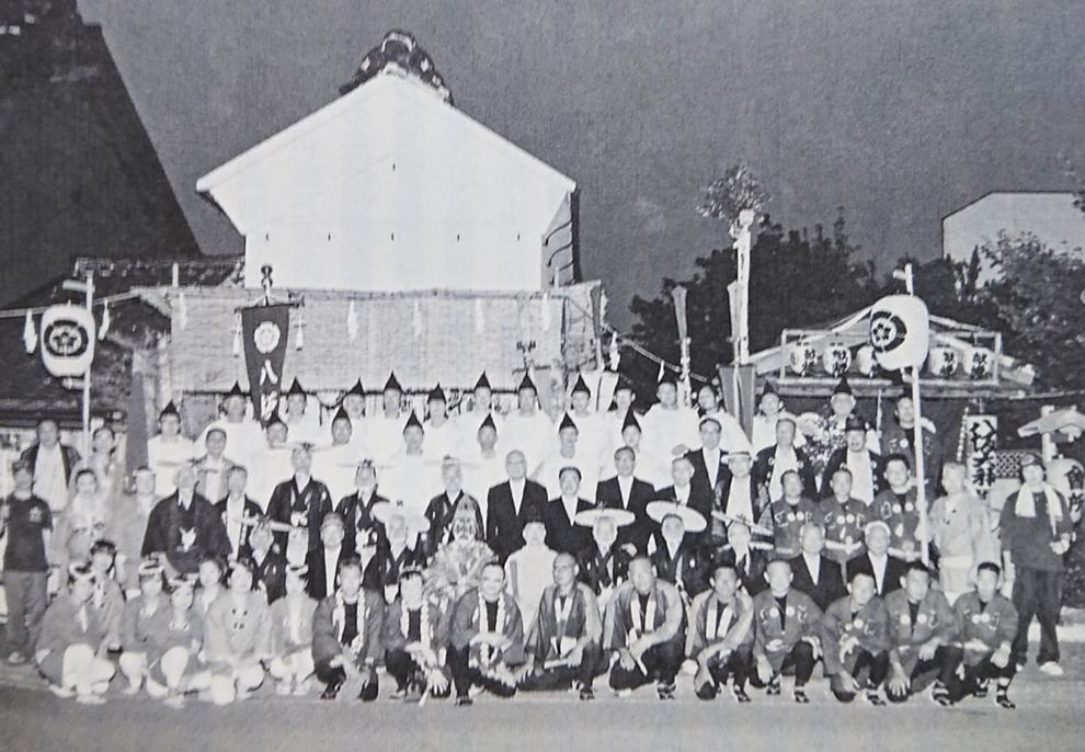 「本町祇園祭御神幸祭」(平成27年[2015年]) ※『本庄のむかし こぼれ話』(柴崎起三雄著)P60より