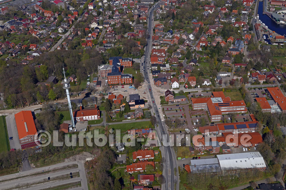Hier entsteht ein neuer Kreisverkehr, Oldersumer Strasse Grüner Weg Extumer Weg
