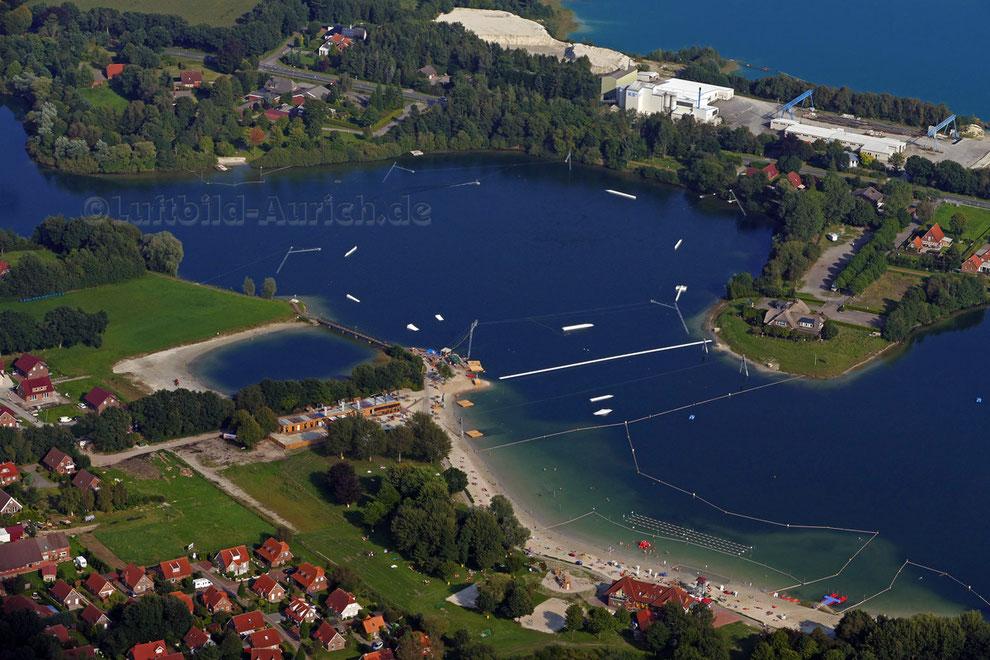 Die Wakeboard-Anlage in Tannenhausen Badesee ist in Betrieb.