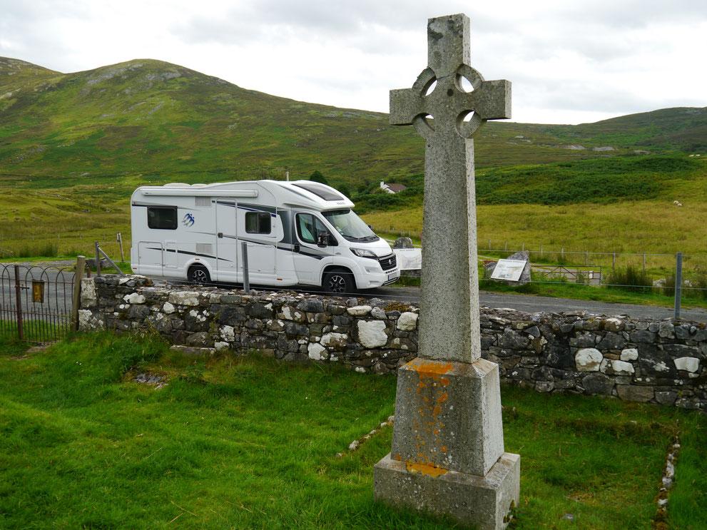 Einsam und allein an einem kleinen Friedhof auf der Isle of Skye