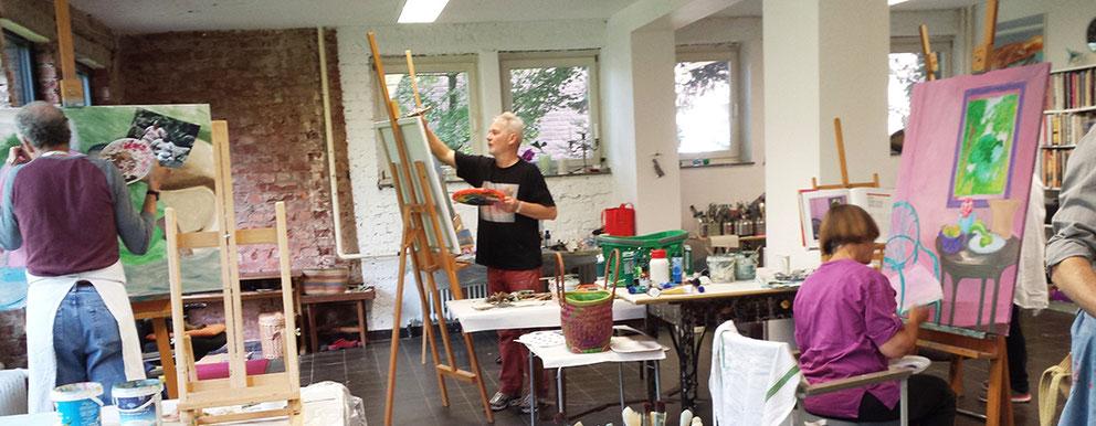 Malschule, Malkurse, Workshops  am Niederrhein, NRW, im Künstleratelier, malen auf Leinwänden und Staffeleien mit Künstlerfarben