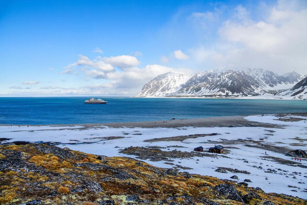 PONANT im Magdalenefjord - Spitzbergen