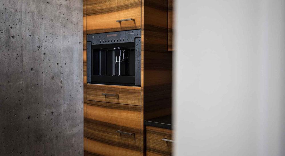 Küchengeräte Einbau Holz