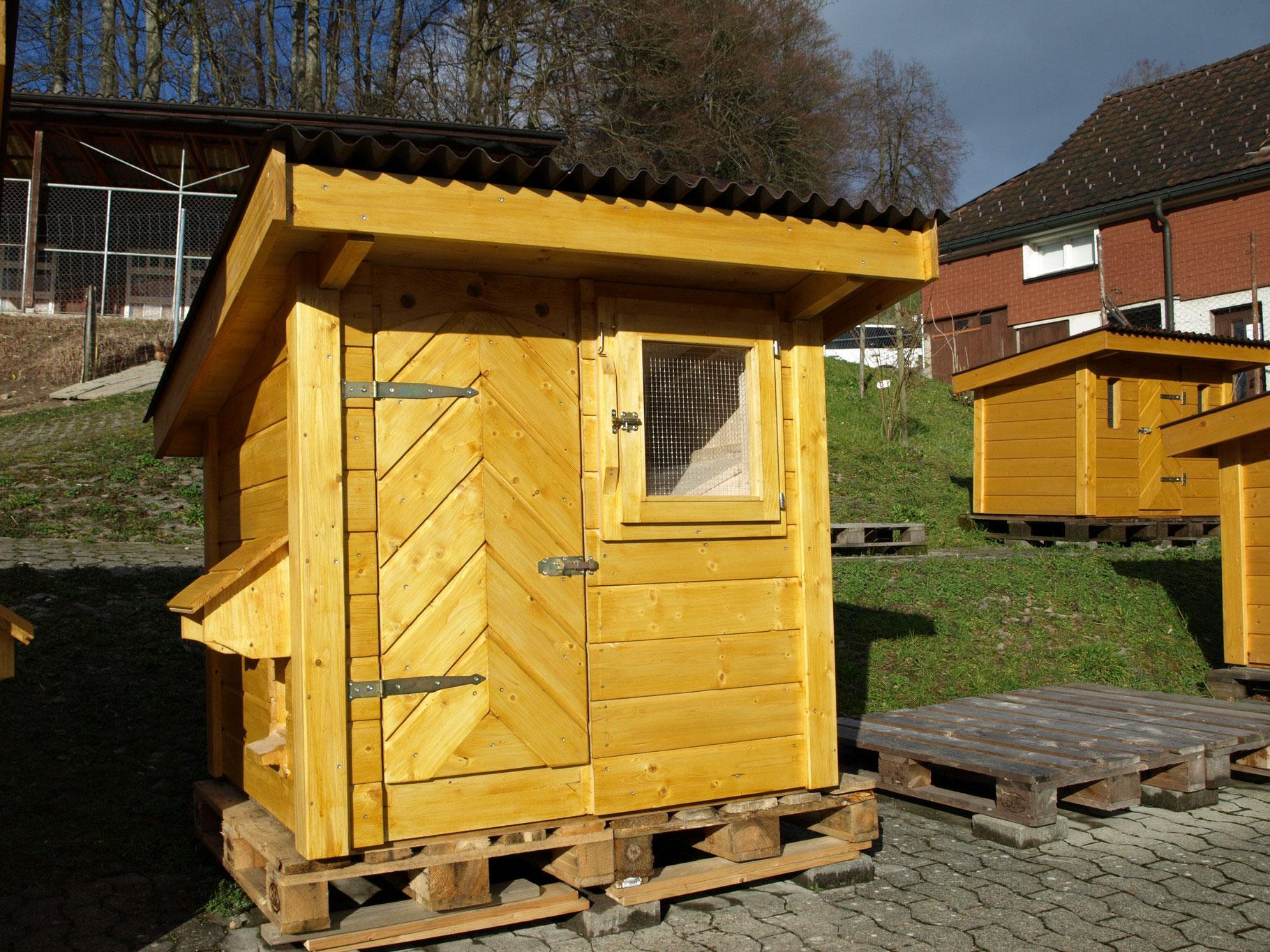 Tierschutzkonformer Huhnerstall Geflugelzucht Jud Kaltbrunn