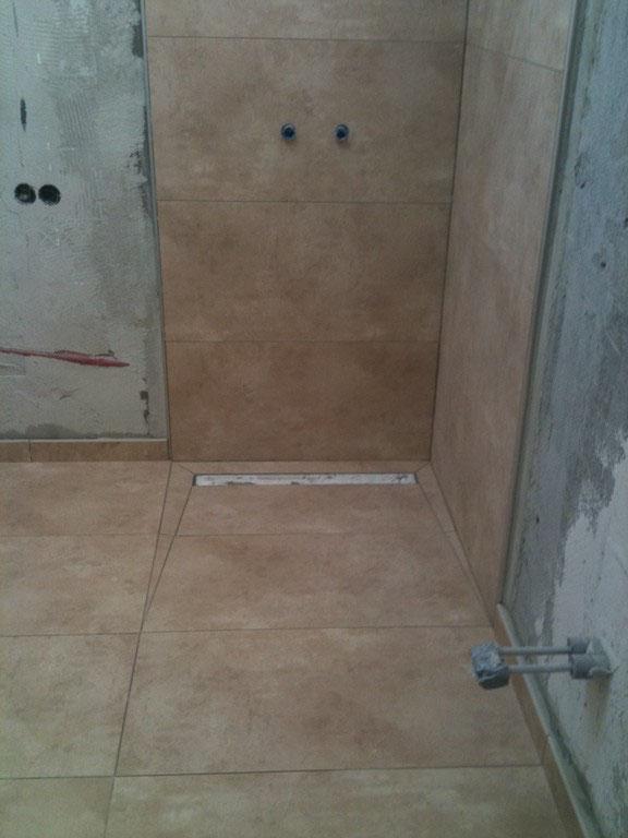 oft Begehbare Dusche-Duschrinne als Bodenablauf - Fliesen,Fliesenleger GI82