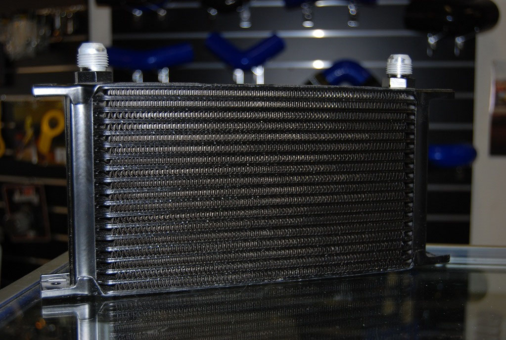 13, 16, 19 & 25 Row Oil Cooler - High Flow Quality Oil