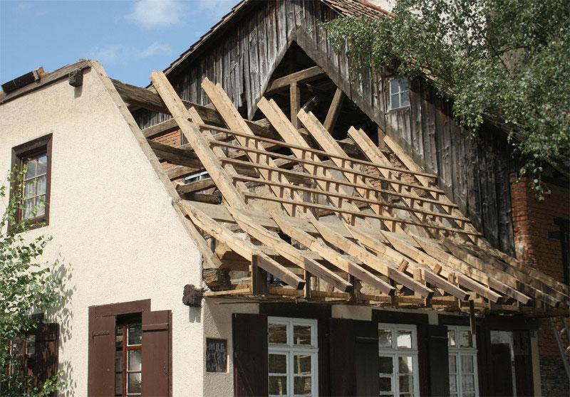 Altbausanierung und Restaurierung - Zimmerei, Holzbautechnologie ...