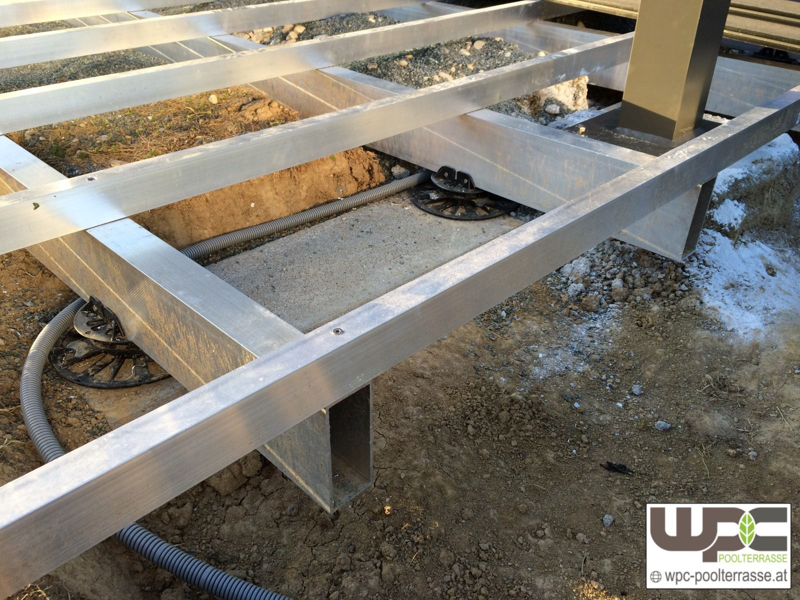 Bilder Wpc Aluminium Alu Unterkonstruktion Fur Terrassendielen Wpc