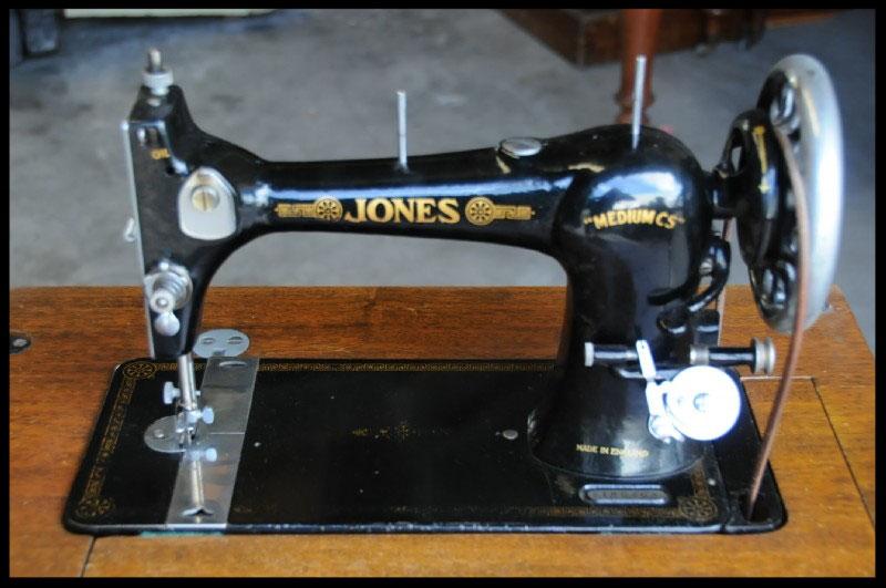 Jones Medium CS Machines Fiddlebase New Jones Sewing Machine